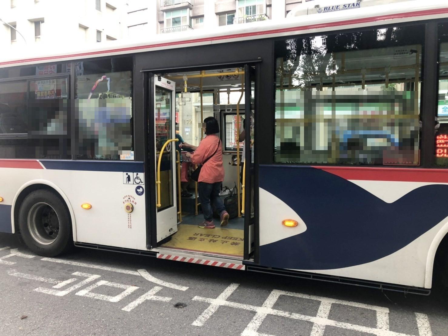 ▲▼台灣公車。(圖/記者吳珍儀攝)