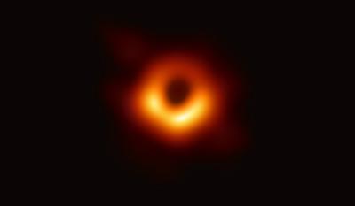 恆星被黑洞「踹飛」 1億年後離開銀河系