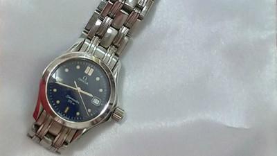 接公司外包「酬勞連手錶都買不起」!摳老闆硬抝7折:叫你主管付一半