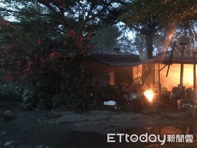 台南東山區咖啡商店火警 建物燒燬無傷亡