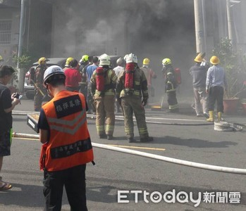 台南工廠火警 機台過熱起火無傷亡