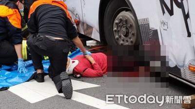 老婦遭公車撞輾 確定截肢保命