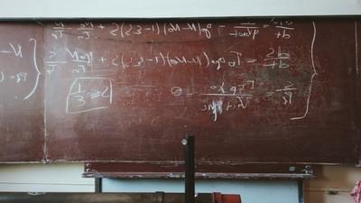 同學沒錢上學...9歲男孩在自家後院辦學校 免費擔任校長兼教師