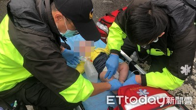 快訊/板橋6層樓民宅起火 8人送醫有5小孩