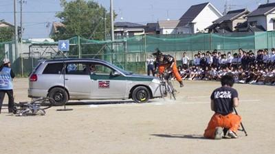 日本交安課程「重現車禍」真出意外 特技演員當全校學生面被輾斃