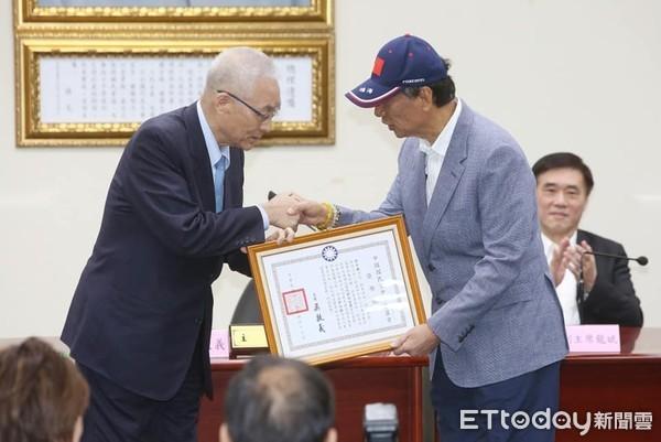▲▼郭台銘出席國民黨中常會。(圖/記者季相儒攝)