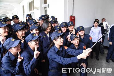 快訊/郭台銘稱媽祖要他出來 蔡英文諷:當總統不是問神