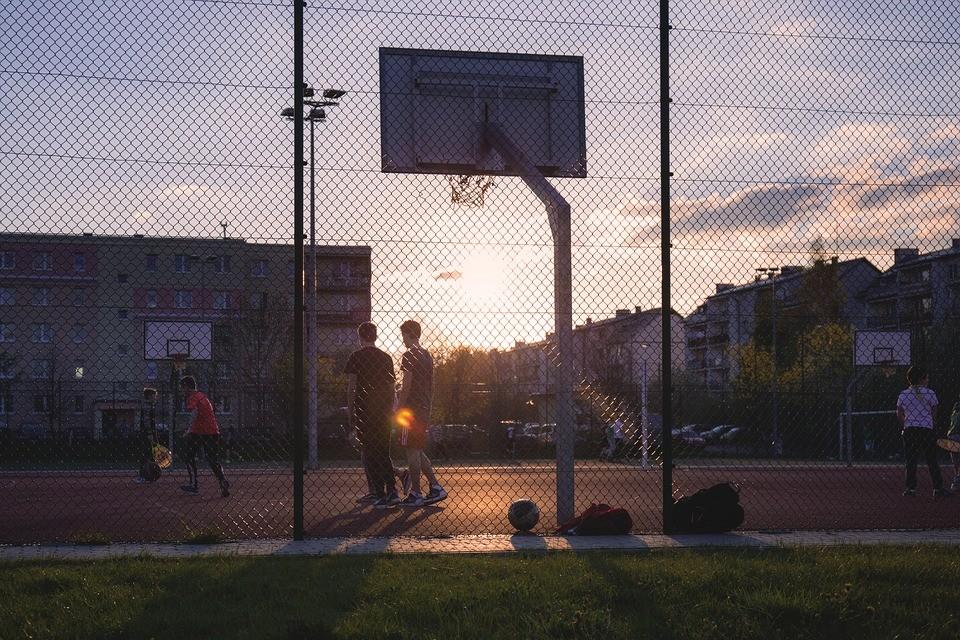 ▲▼打籃球。(示意圖/取自免費圖庫Pixabay)
