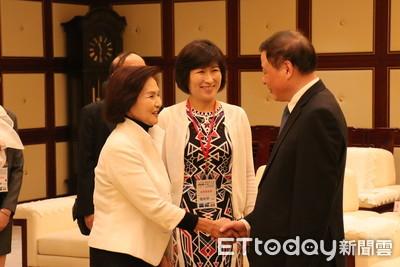 影/饒慶鈴、林姿妙合體上海 與市長應勇聊「慢遊宜花東」