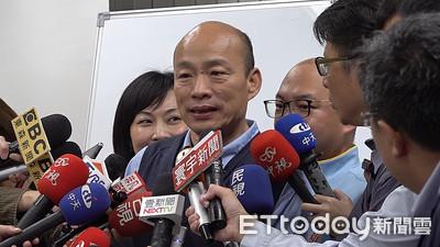 韓國瑜夜宿大林蒲 拒答政治性問題