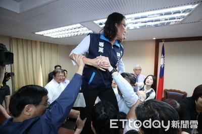 陳玉珍指被罵「金門豬滾回中國」 民進黨團回應了