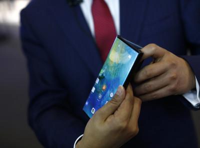 華為摺疊手機Mate X確認11/15發售