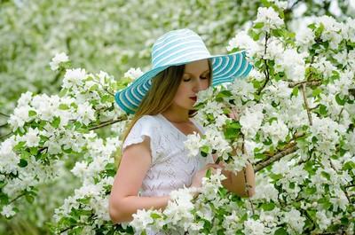 3種熱門香調增幅女孩魅力! 年度代表「茉莉、血橙、金色木香」宣告獨立自信