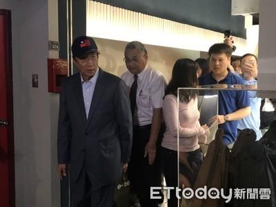 郭台銘訪新竹 民眾高呼總統好