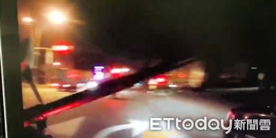 酒駕男拒檢飆逃 警破窗斥:給我下車!