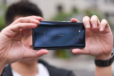 5鏡頭手機 讓專業攝影也驚豔