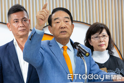 親民黨2020泡沫化危機 郭、柯、王成最後「浮木」?
