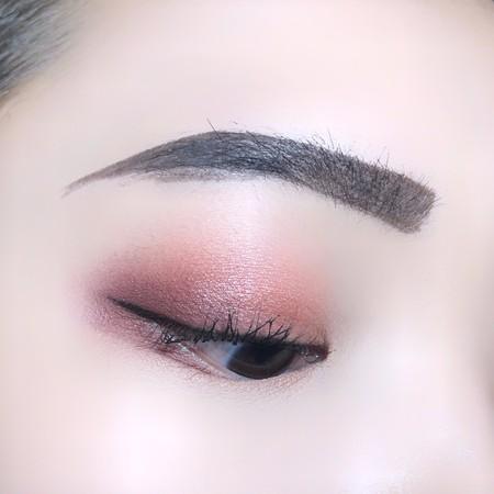 只要遮瑕膏与眉刷 简单2步骤拯救失误的眉毛
