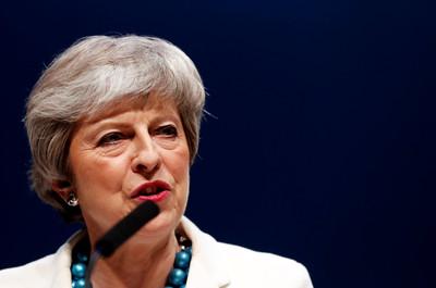 英地方選舉 兩大黨席次大減