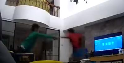 媽媽回家怕爆!小兄弟竄逃影片讓萬人笑翻