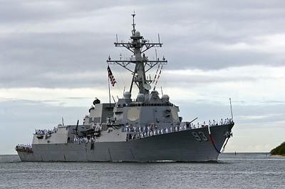 美2軍艦進入南海爭議島12海浬