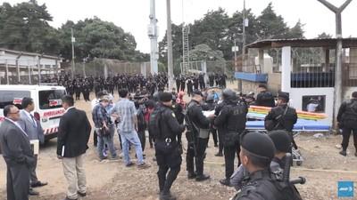 囚犯控制監獄8小時 千名軍警衝入鎮壓