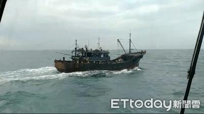 陸漁船越界「剪漁網蛇行」 罰180萬驅離出境