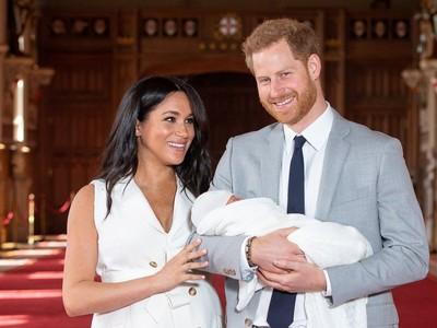 梅根延續傳統 老牌包巾呵護寶寶