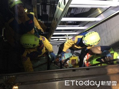 23歲工人修電梯直墜B7 全身變形摔死