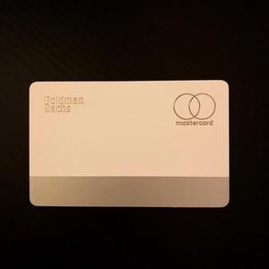 傳蘋果員工開始用Apple Card 外型曝光