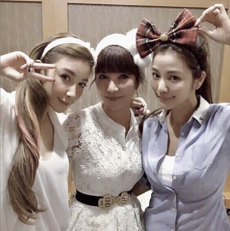 ▲許維恩媽媽也是高顏值3姊妹。(圖/翻攝自許維恩Instagram)