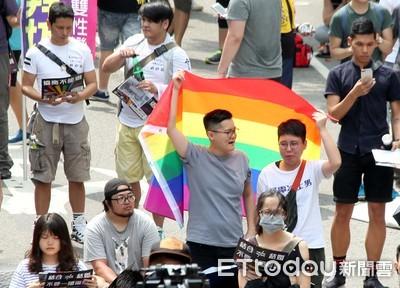 陳菊挺同婚法案通過:每人都有幸福權利