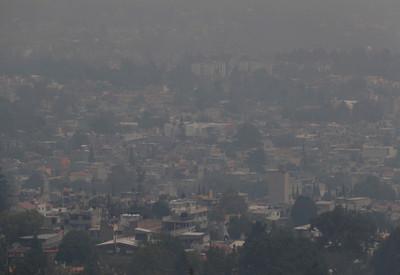 墨西哥天空一片黑 空汙指數158禁外出