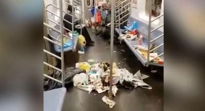 遊民入住地鐵車廂 廢棄物堆滿地