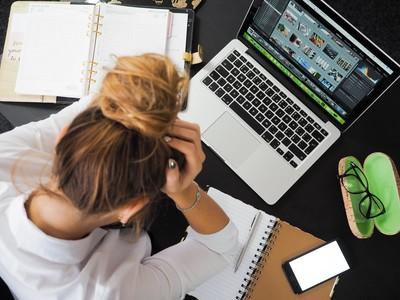 三種「職業倦怠感」入侵生活 沒動力、沒成就感 職場酸苦辣大家都有過