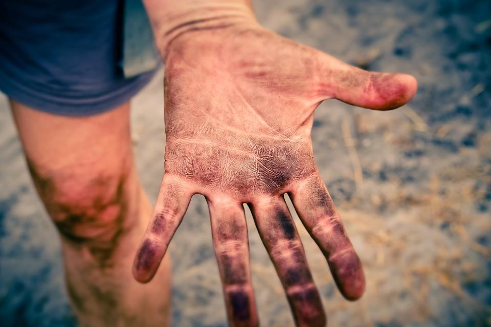▲▼泥土,泥巴,骯髒。(圖/取自免費圖庫pixabay)