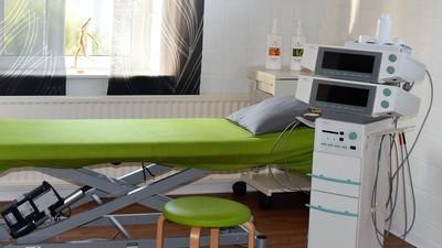 復健中心「電療機」貴到嚇人!  物治師:跟你網購的不同…摔到賠慘