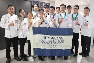 香港國際美食大獎比賽 弘光科大海鱸魚料理奪金