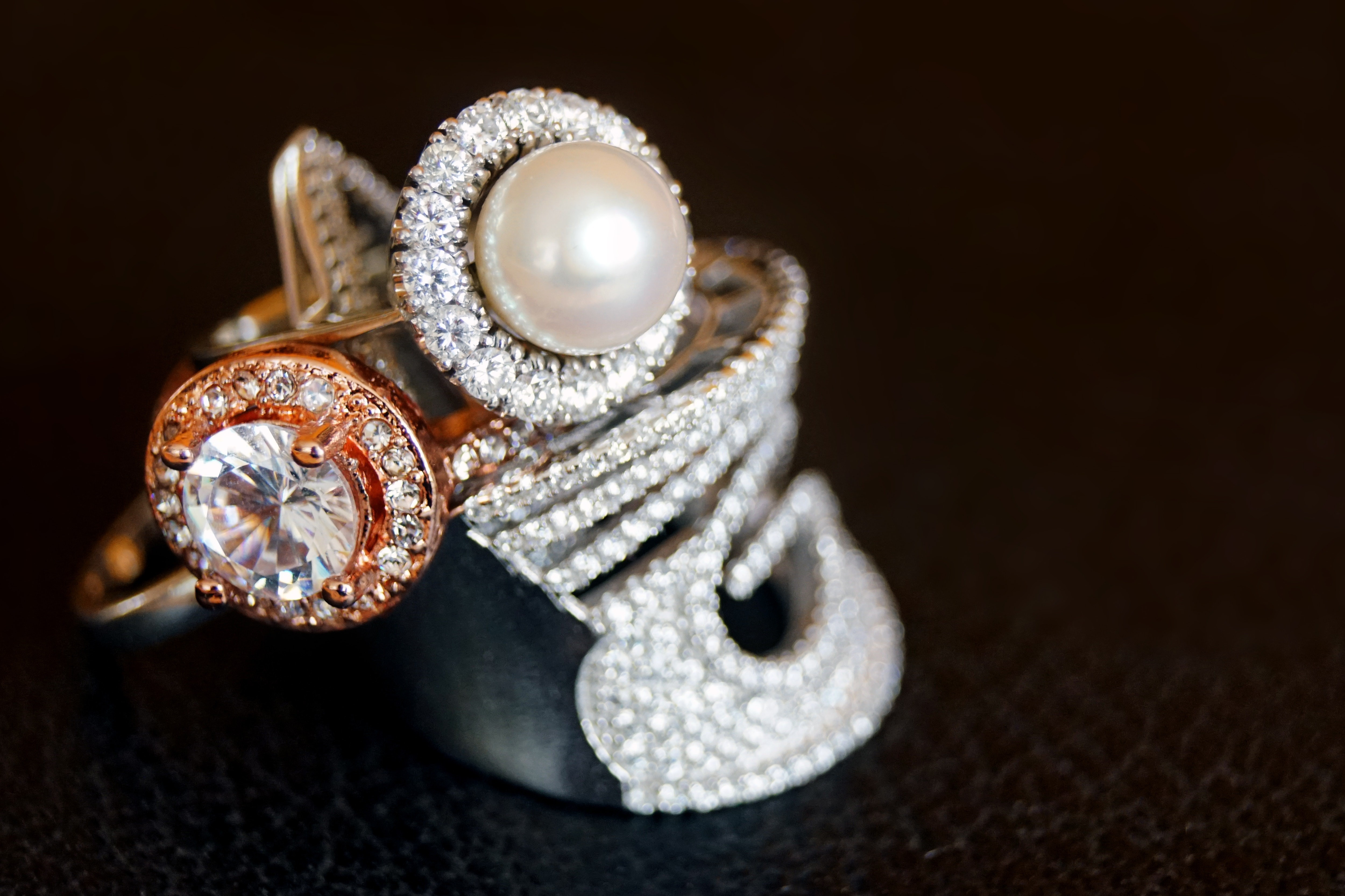 珍珠戒指(圖/取自免費圖庫Pexels)