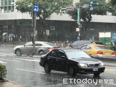 梅雨季開車6個要點防止水漂釀禍