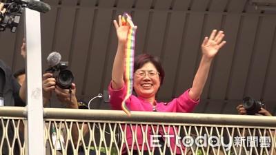 尤美女4萬人前揮彩虹旗 民眾:謝謝妳!我愛妳!