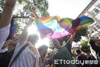 同性伴侶5/24後登記結婚 財政部:明年可合併申報所得稅