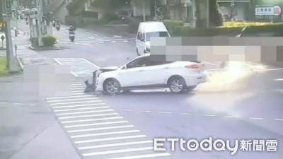 轉彎車撞爛直行機車 騎士不治身亡