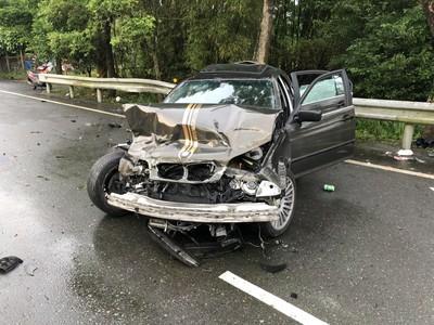 關西汽車撞機車 3重傷2輕傷