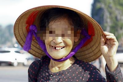 奶奶外婆被過世 捻香驚見主角
