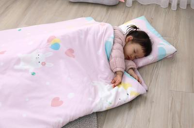 兒童睡袋拆了能當小被被