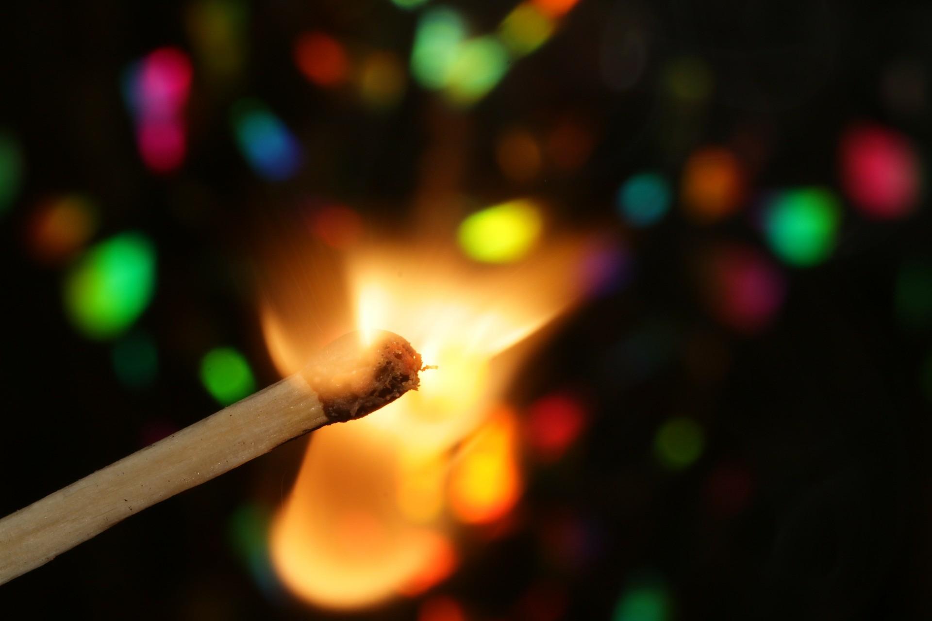 ▲火柴,火,燃燒。(圖/取自免費圖庫Pixabay)