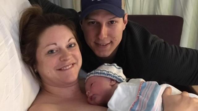 剛生完兒子就截去四肢!分娩感染經歷32次手術 只想當一回稱職母親