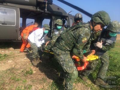 陸軍4支部衛生營空中後送訓練