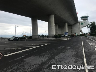 大鵬灣跨海大橋下散步 男左肩遭槍擊